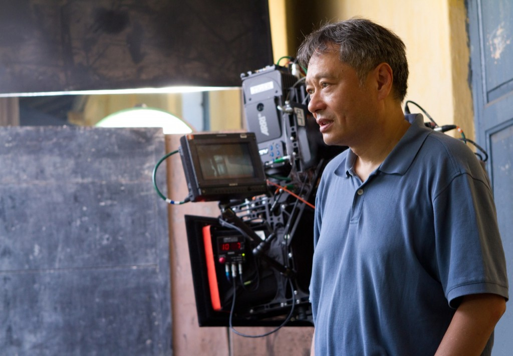 Dzięki reżyserii Anga Lee film chwyta zaserce.