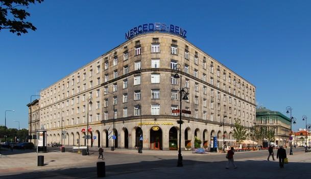 Warszawa_dom_bez_kantów_2009