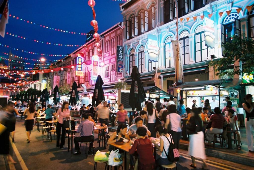 Jedzenie, toniemal narodowy sport Singapurczyków.