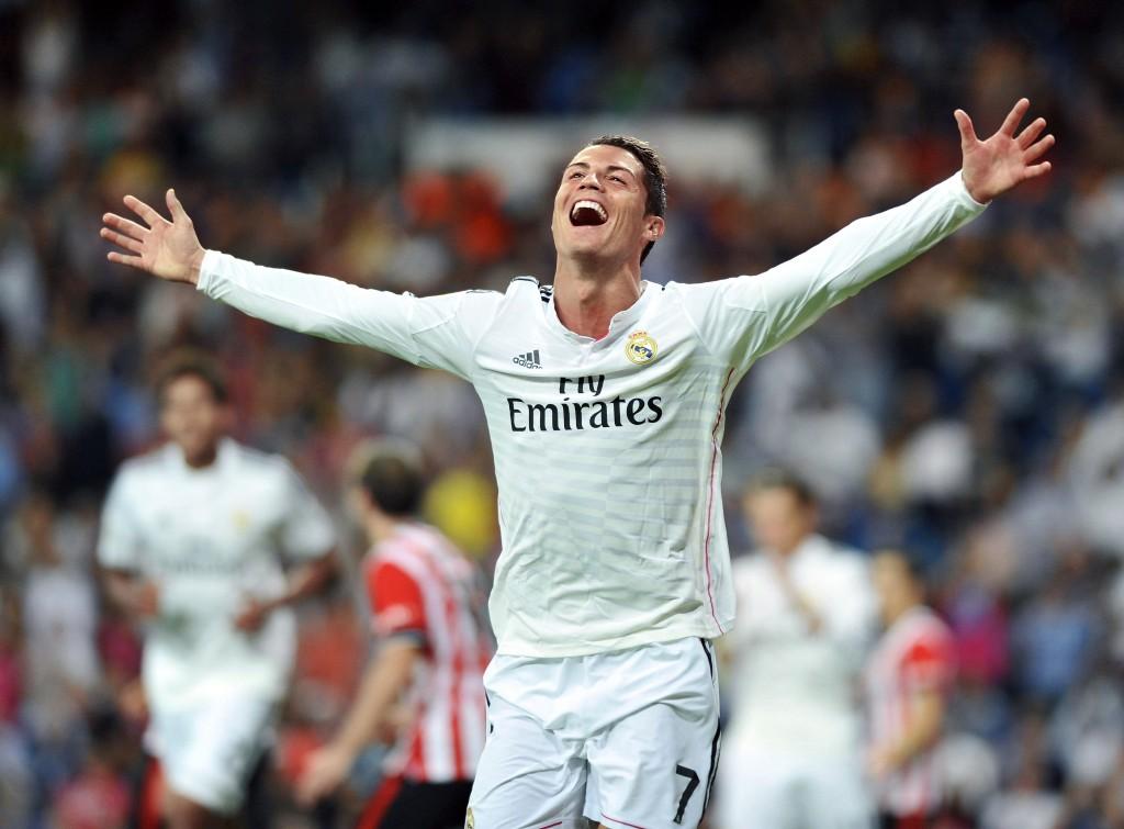 Cristiano Ronaldo ma powody doradości –tylko ztytułu kontraktów reklamowych zarabia niemal 30 mln dolarów rocznie.
