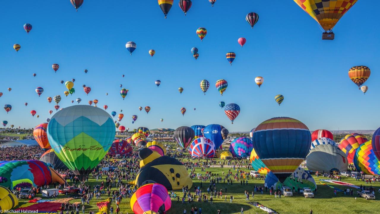 Coroczny festiwal balonów wAlbuquerque – szał iuczta dla oczu.