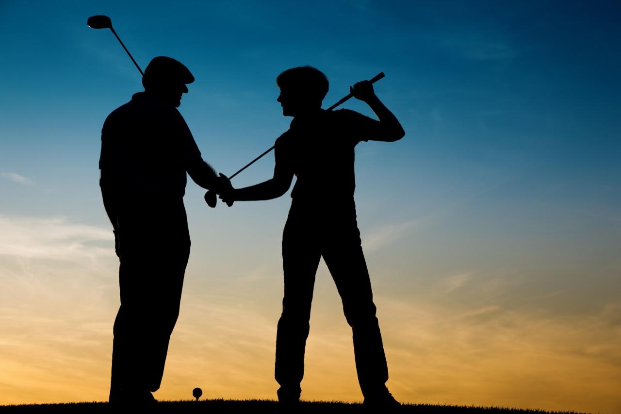 Rywalizacja napolu golfowym pomaga rozwiązać niejeden biznesowy spór.