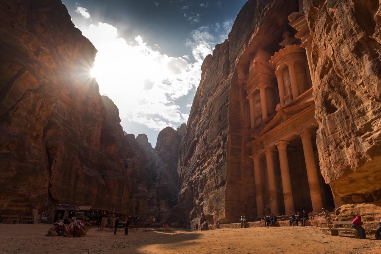 Petra –wyjątkowe skalne miasto Nabatejczyków.